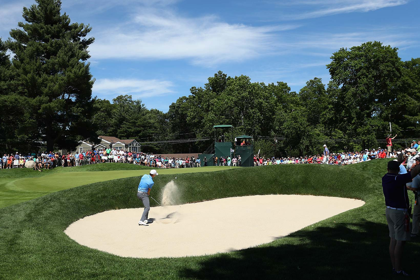 2017 Travelers Championship: Round 1 - Bunker Shot on No. 9