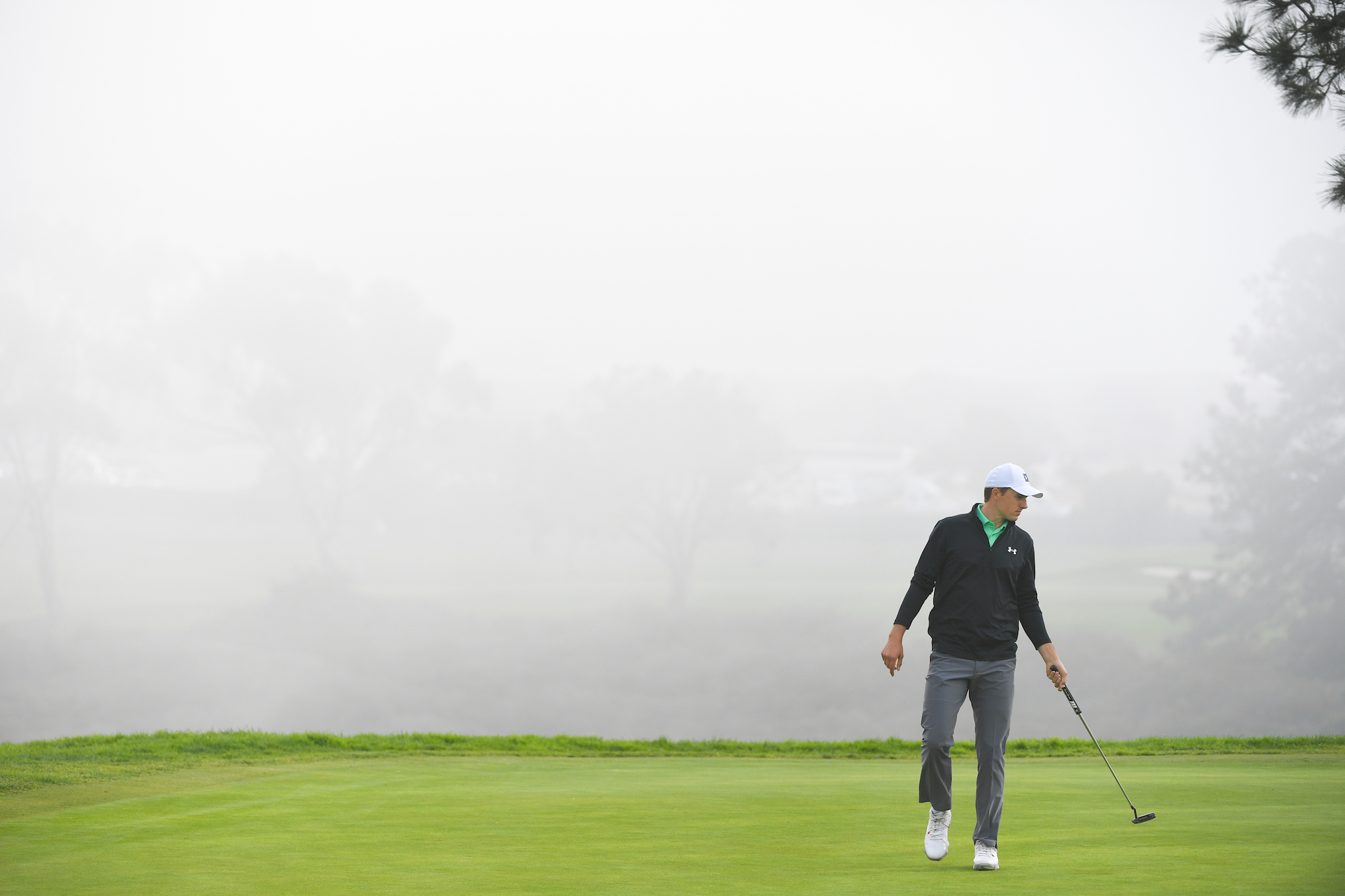 2020 Farmers Insurance Open: Round 1 - Fog-Shrouded Green on No. 16