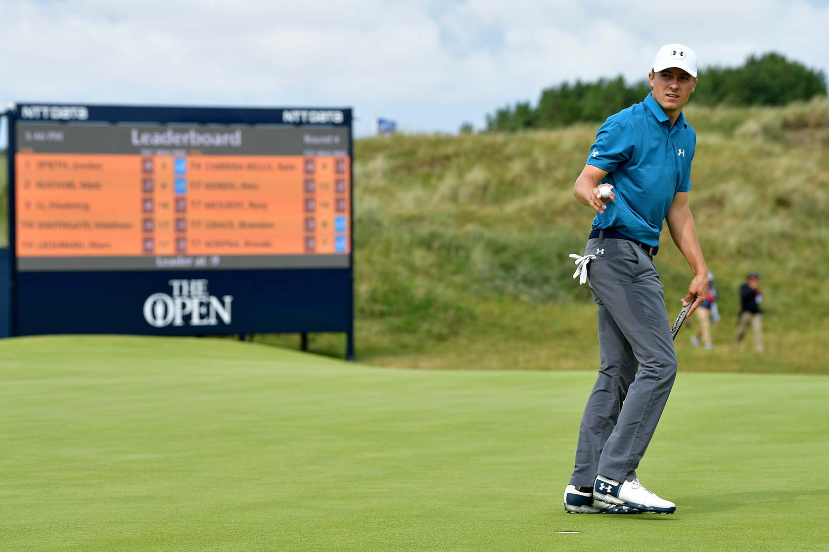 2017 Open Championship: Final Round - Jordan Acknowledges the Crowd on No. 6