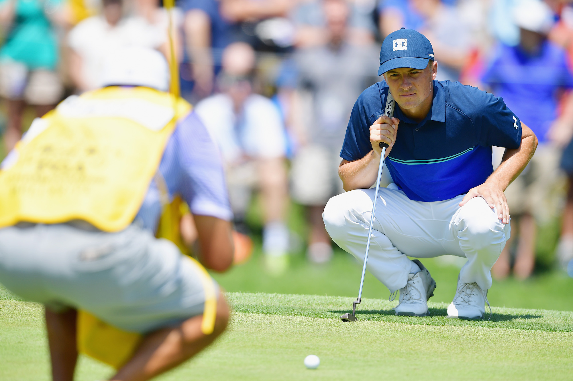 2018 PGA Championship: Round 3 - Lining Up a Putt