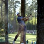 2017 Masters Tournament: Round 2 - Jordan Hits Off the Pine Straw on No. 17