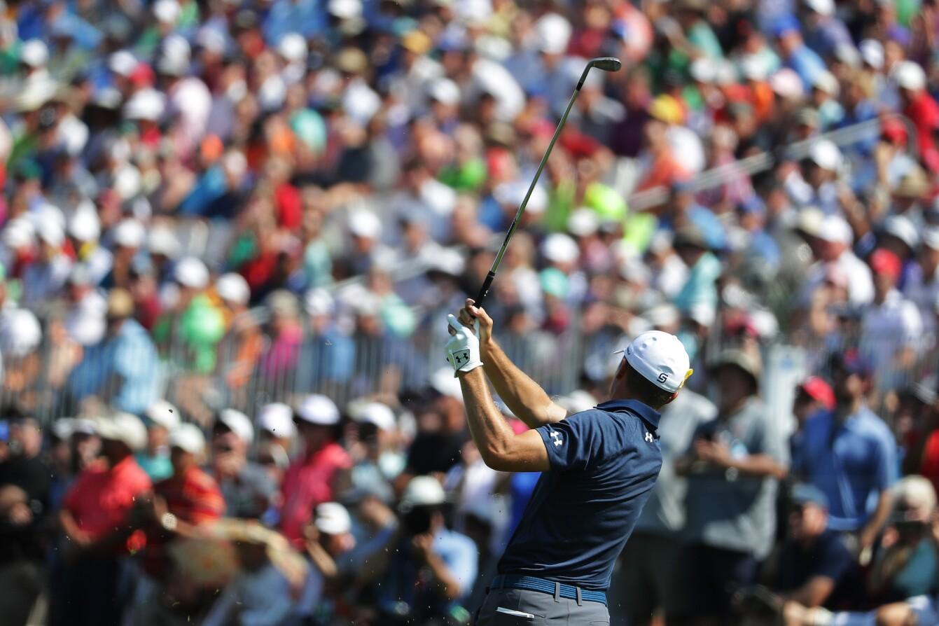 2018 PGA Championship: Round 2 - Shot on No. 18