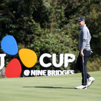 2019 CJ CUP @ NINE BRIDGES: Round 3 - On the 7th Green