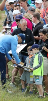 2018 U.S. Open Championship: Preview Day 1 - Jordan Signs Autographs During His Practice Round