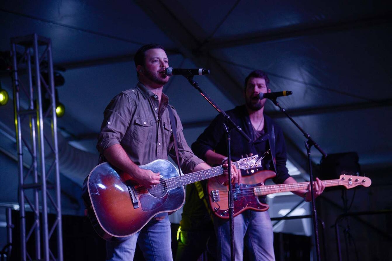 Wade Bowen at the Charity Concert - 2015 Spieth Shootout