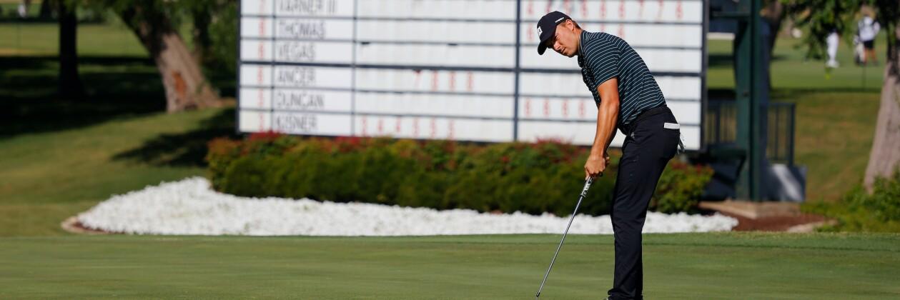 2020 Charles Schwab Challenge: Round 2 -Putting on No. 18