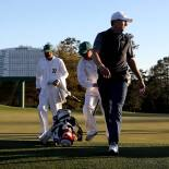 2017 Masters Tournament: Round 2 - Jordan Walks Off No. 18 After Carding a 69