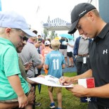 2018 PGA Championship: Preview Day 2 - Signing Autographs