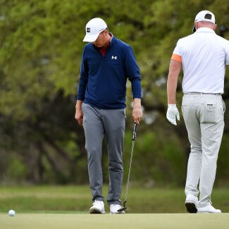 2021 Valero Texas Open: Round 3 - Looking Over Putts on the 18th