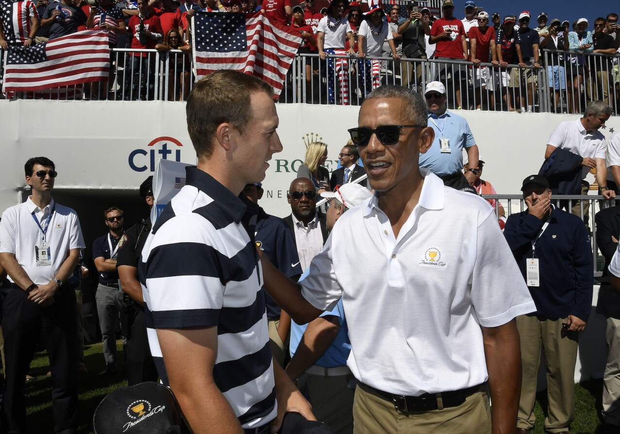 2017 Presidents Cup: Round 1 - Jordan and Barack Obama