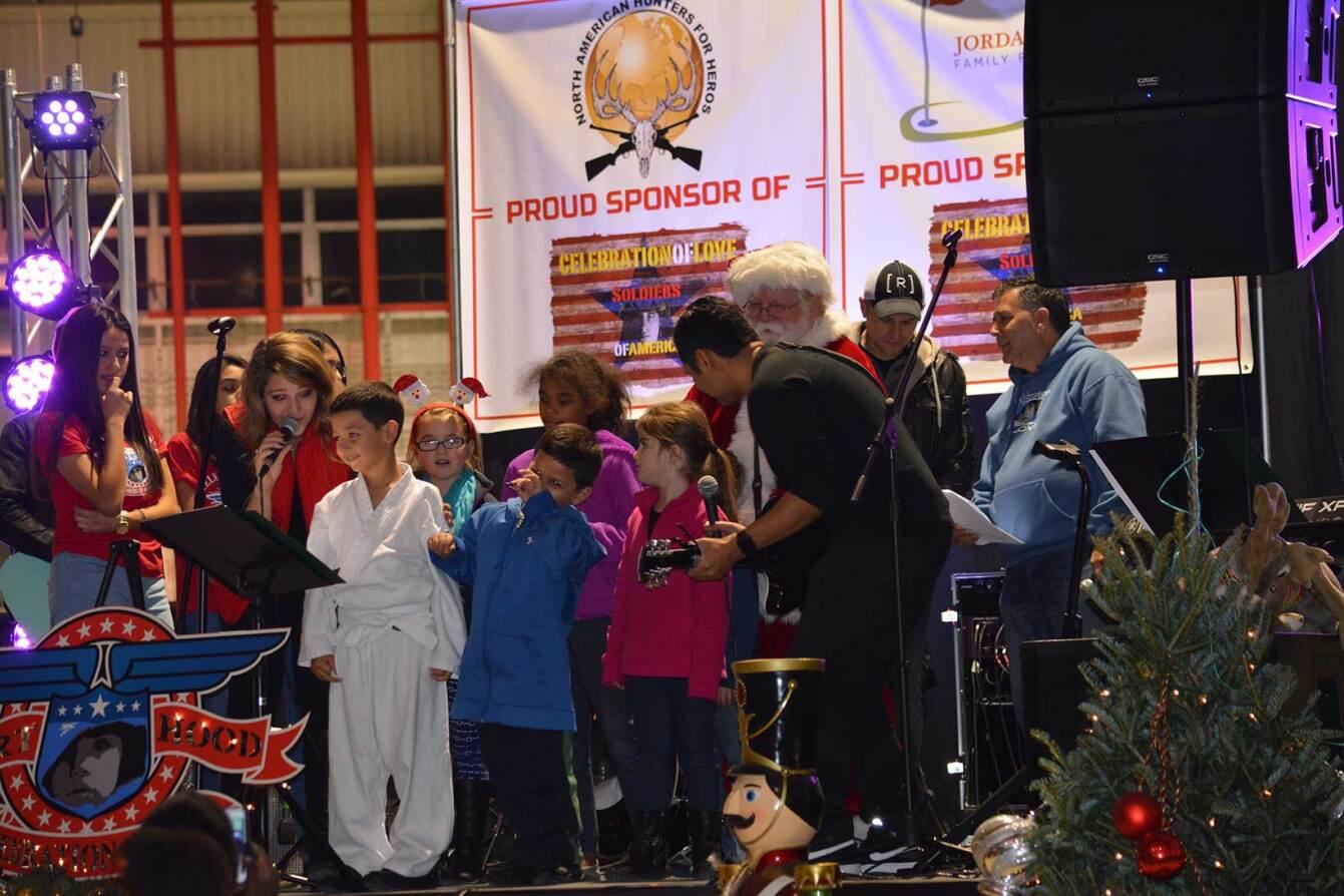 Kids-on-Stage.jpg