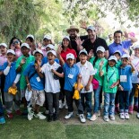 Spieth One Global Tour Mexico: The First Tee Participants Wave for a Photo