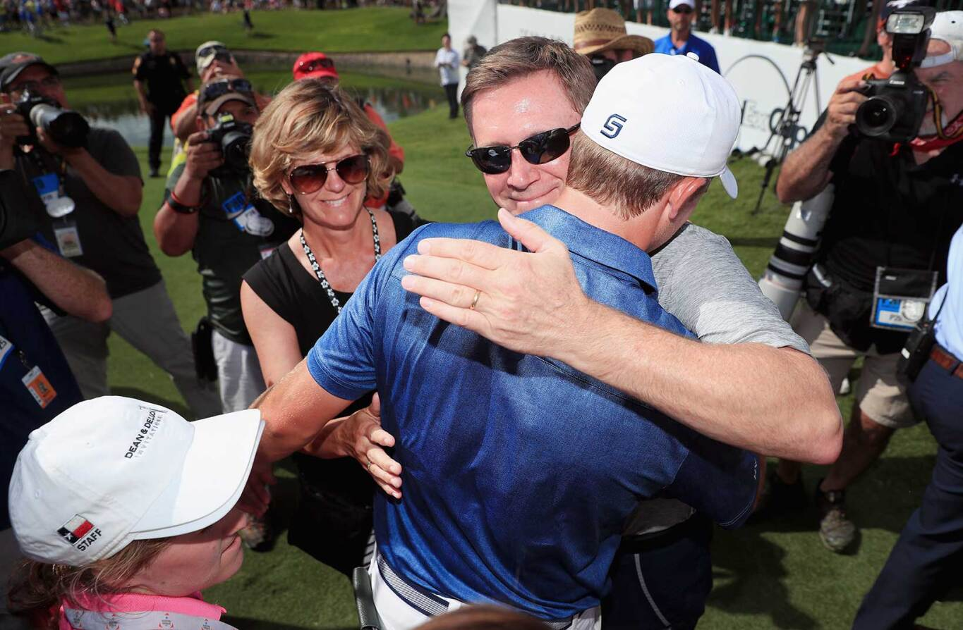 2016 Dean & Deluca Invitational: Final Round - Jordan and His Father Hug After Win