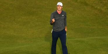 2017 Open Championship: Round 3 - Acknowledging the Crowd After a Birdie on No. 18