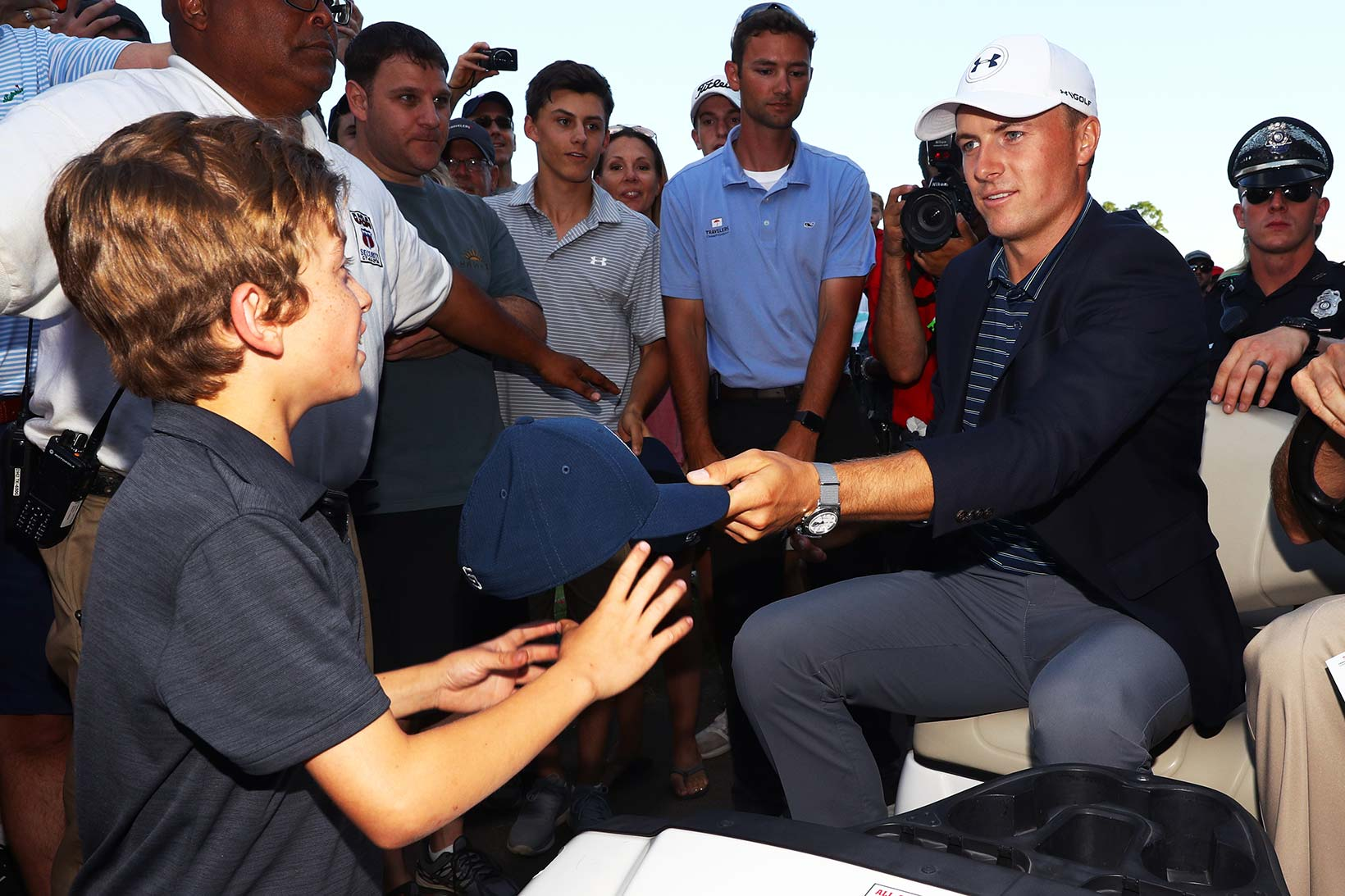 2017 Travelers Championship: Final Round - Still Time for Young Fans
